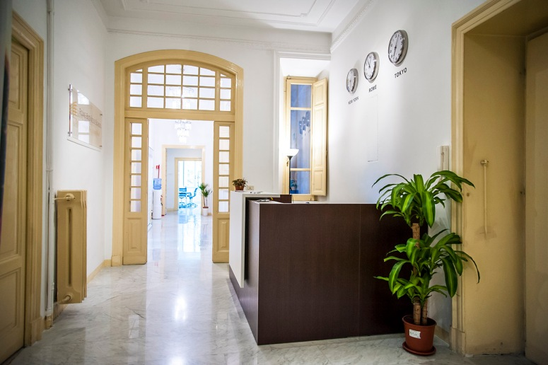 Rome Business School ulazna vrata i hodnik